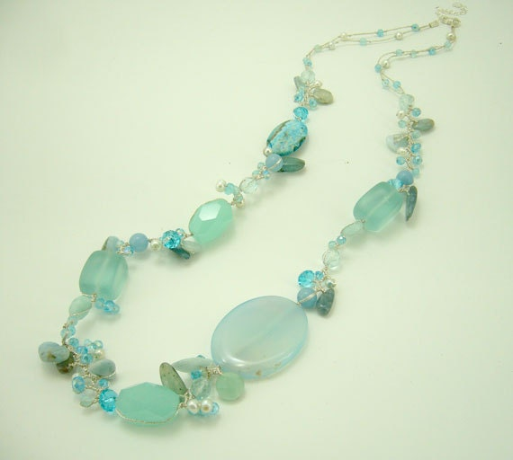 Aventurin,baby blue,crystal hand knotted silk thread necklace