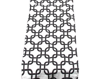 Black Table Runner-Black Table Cloth-Black and White Chain Pattern Table Runner.