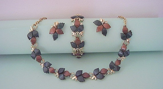 Chunky Bracelet Necklace and earring Set Mad Men Era Brown and Green Fall Leaves 3 pc Parure