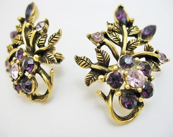 Wonderful Condition Purple Coro Clip On Earrings in Rustic Goldtone Gorgeous find