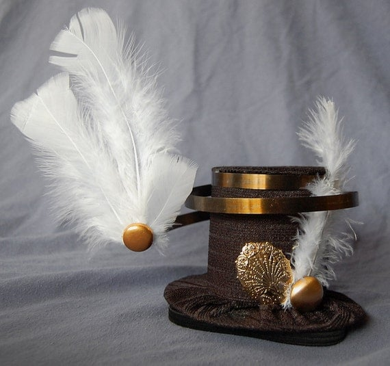Tiny Top Hat: Heaven Sent white black gold feathers