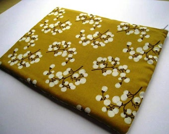 Blooms in Mustard - MacBook Air MacBook Pro Case 11 inch, MacBook Sleeve, Laptop Cover Padded Padding and Zipper Closure
