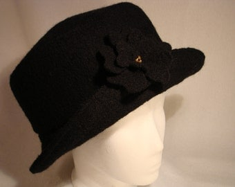 Hat of boiled wool  Size 56-62cm handsewn individually
