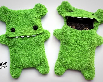 Fellfische - fluffy Cellphone Case for Iphone - Aplegreen with Teeth