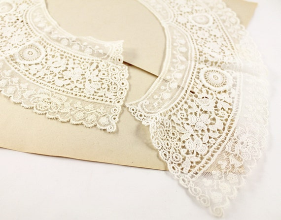 RESERVED FOR METKA - Vintage Two Piece Lace Collar