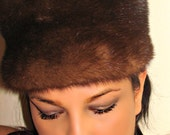 Womens Vintage Hat / Designer Holt Renfrew / Brown Fur Hat