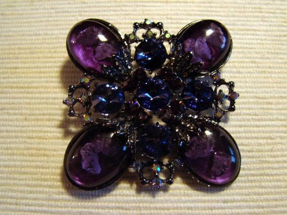 Beautiful Purple Jelly Belly Rhinestone Brooch Circa 1960