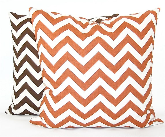 "Premier Prints ""Zig Zag"" Chevron Decorator Pillow Cover - Fabric Both Sides - Rust and Natural - To cover 20""x20"" Pillow Form"