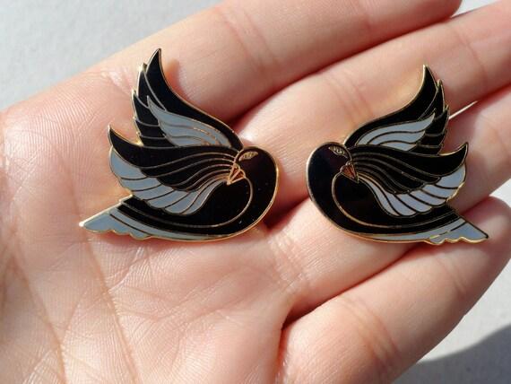 """Vintage Laurel Burch """"Celan"""" Swan Cloisonne Earrings"""