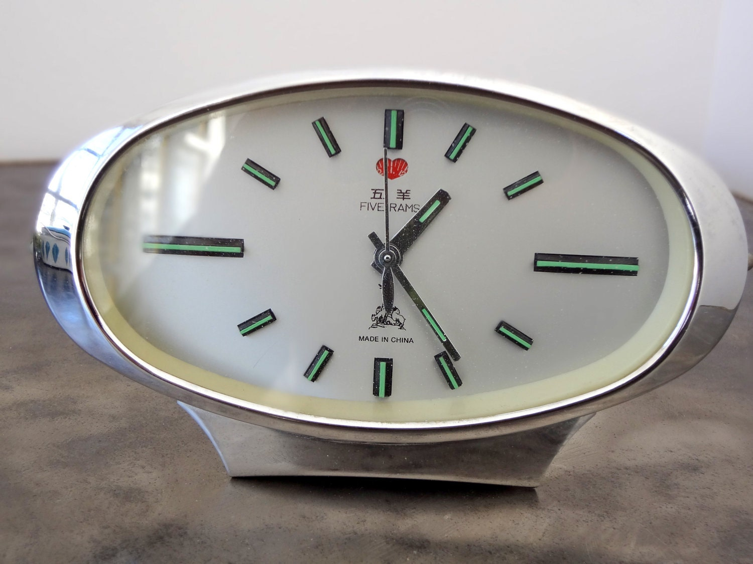mid century modern five rams chinese alarm clock. Black Bedroom Furniture Sets. Home Design Ideas
