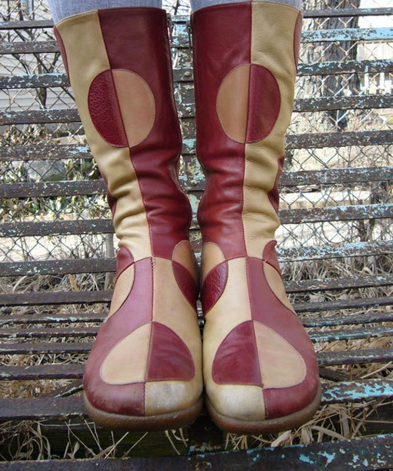 RESERVED for Patti:Red and Camel Semi Circular Circular Pattern Rubber Sole Boots Size 39 Eu  Hispanitas - Women's