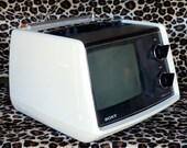 70s Vintage Portable Television /  Sony TV 770  /  Atomic Modern Design  /  Japan
