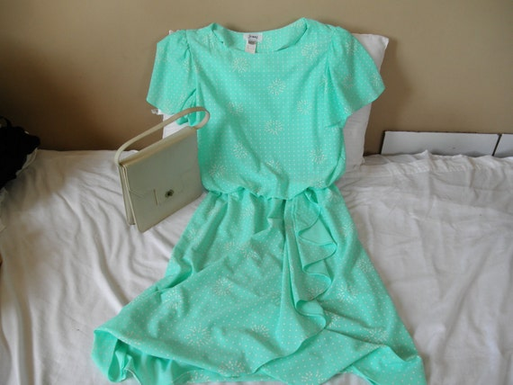 Vintage mint green sea foam and white dress by Jenny size 14
