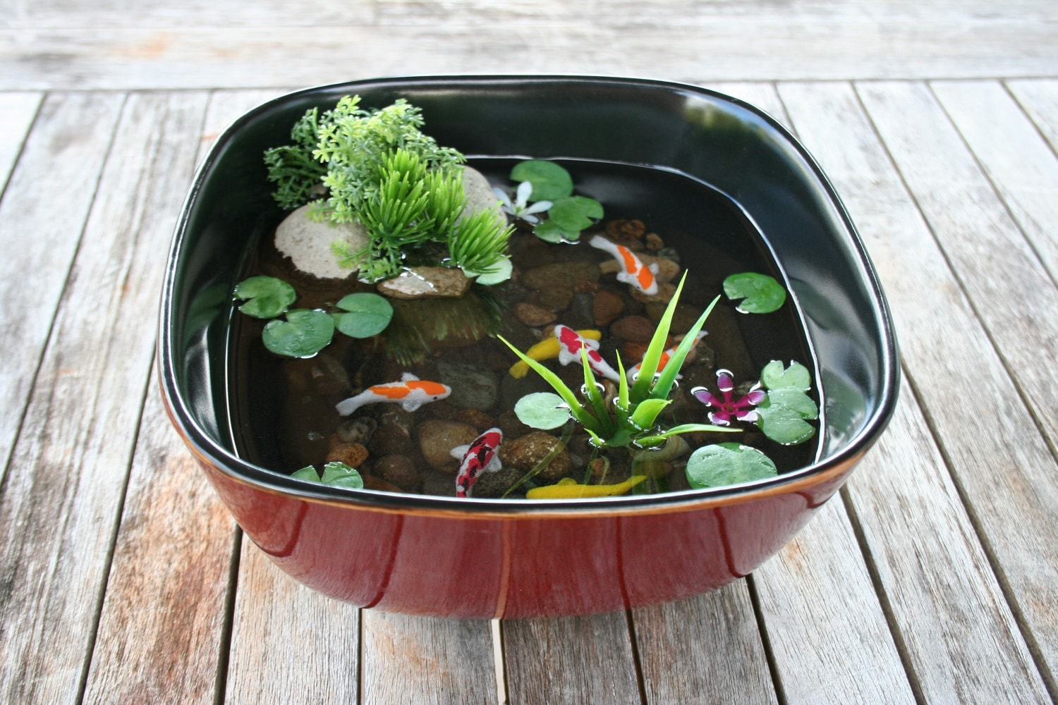 miniature koi pond in resin