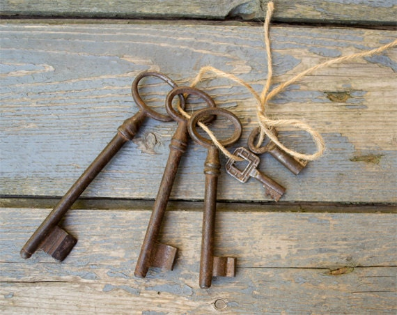 Antique European Iron Skeleton Keys - Lot Of 5 - Authentic Vintage Keys