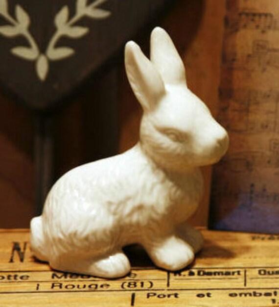 Rabbit Ceramic Figurine, Glazed Ceramic Bunny Decoration , Easter Bunny Decoration , White Rabbit