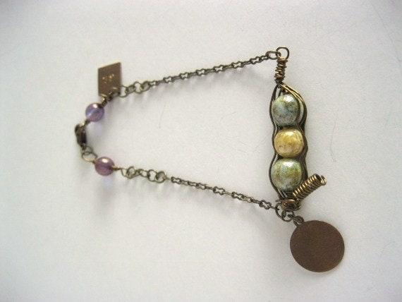 Antique Bronze Pea Pod Bracelet
