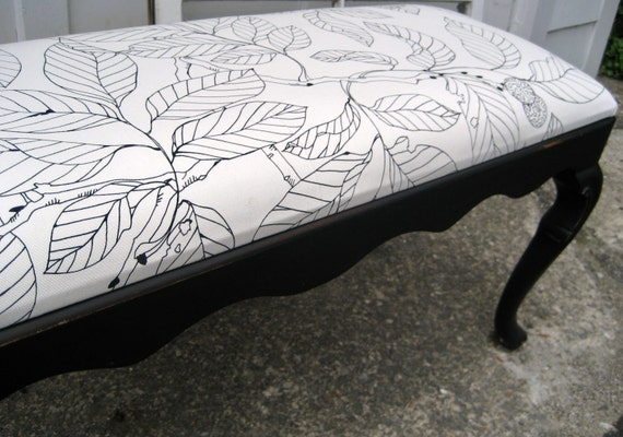 French Provincial Distressed Black Bench With Leafy Black and White Cushioned Seat
