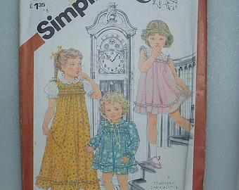 Vintage 1980s Girls Size 3 Toddler Long/Short Dress Pattern 5470