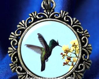 Hummingbird, Puerto Rican Bird Art Pendant, Raul Quiñones Photography Art Pendant, Photo Pendant Charm