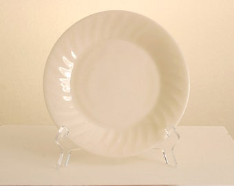 VINTAGE 1950s Fire King Ivory Swirl Lunch Plate