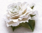 """Made to order. Polymer clay jewelry. Clay wedding white and green flower brooch """"Pistachio ice cream """"."""