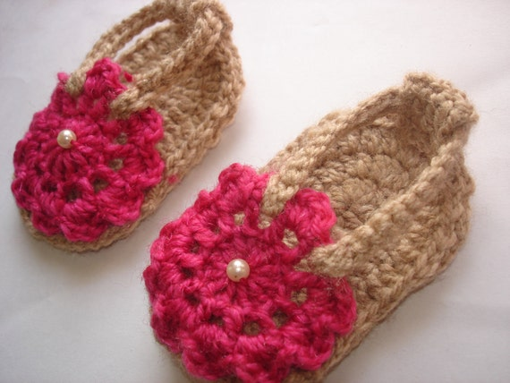 Crochet sandals pattern, crochet baby sandals, baby slippers, Pink flower sandals - 3 months to 3 years, Pattern No. 10