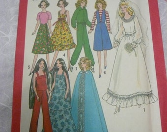 Vintage Simplicity Pattern 8281 Wardrobe for Dolls Such as Barbie  Cher and  Farrah  Factory Fold