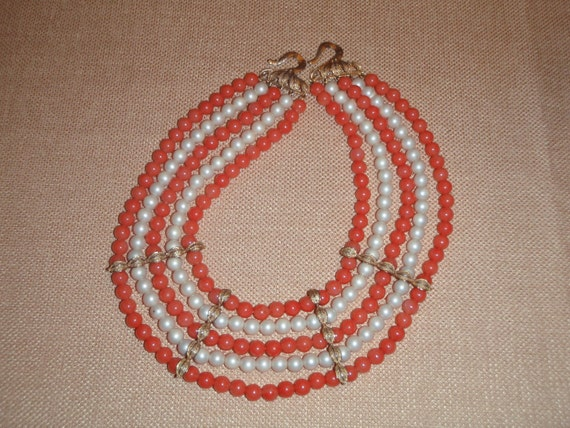Vintage - Faux Pearl & Coral 5 strand bead necklace - Gold tone accents