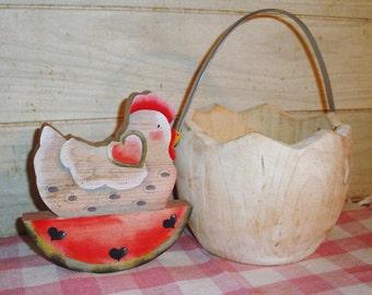 SALE! - Unique Vintage Wooden Basket - Chicken - Home Decor - Cottage Decor - Country - Kitchen Decor