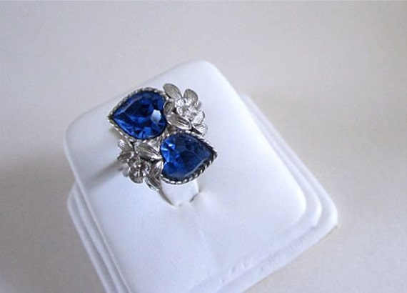 Sarah Coventry Love Story Ring 1975 Vintage Blue Sapphire Glass September