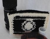 Crochet Camera Clutch