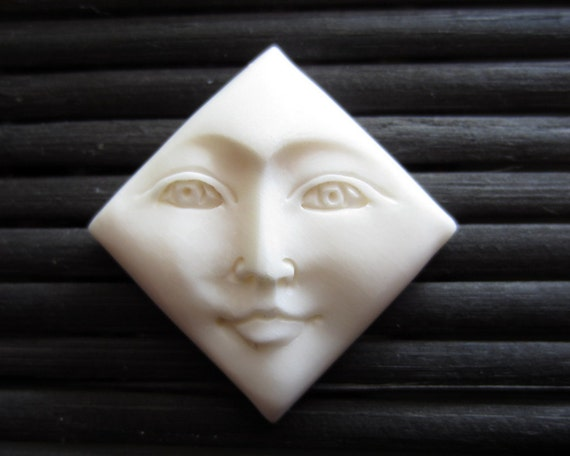 Free US Shippiing Hand Carved  Diamond Shape Face Cabochon, Bone Carving, Embellishment, Jewelry making Supplies B1062