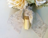 Wedding Bouquet Tie, Gray Taupe Floral