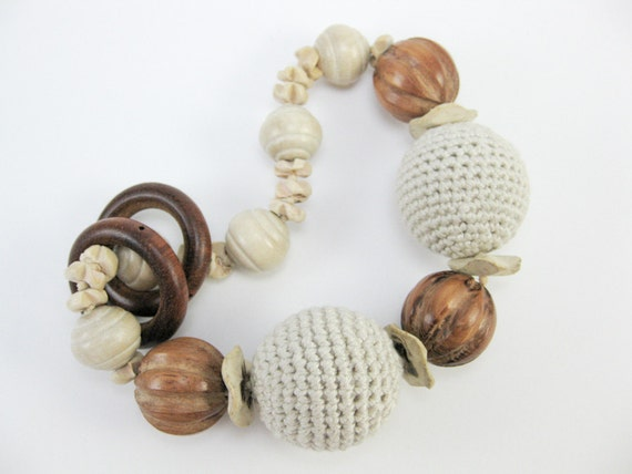 Boho Mama. Baby sling accessories. Rattle toy bracelet. Natural wood beads