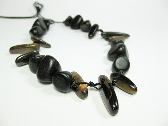 Stone and wood teething necklace. Babywearing Papa necklace. For babywearing men. NEW product. Ready to ship