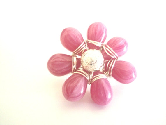 Pink flower brooch/pin, dainty perfect summer accessory, cute, fresh and pretty, under 5.