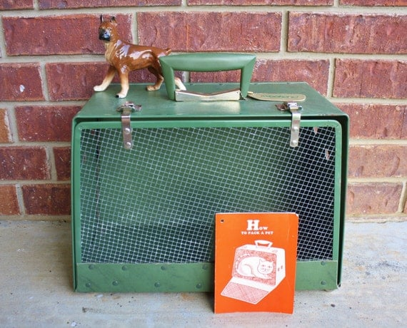 Vintage Pet Carrier In Green Made By ALCO - Animal Crate or Flight Cage