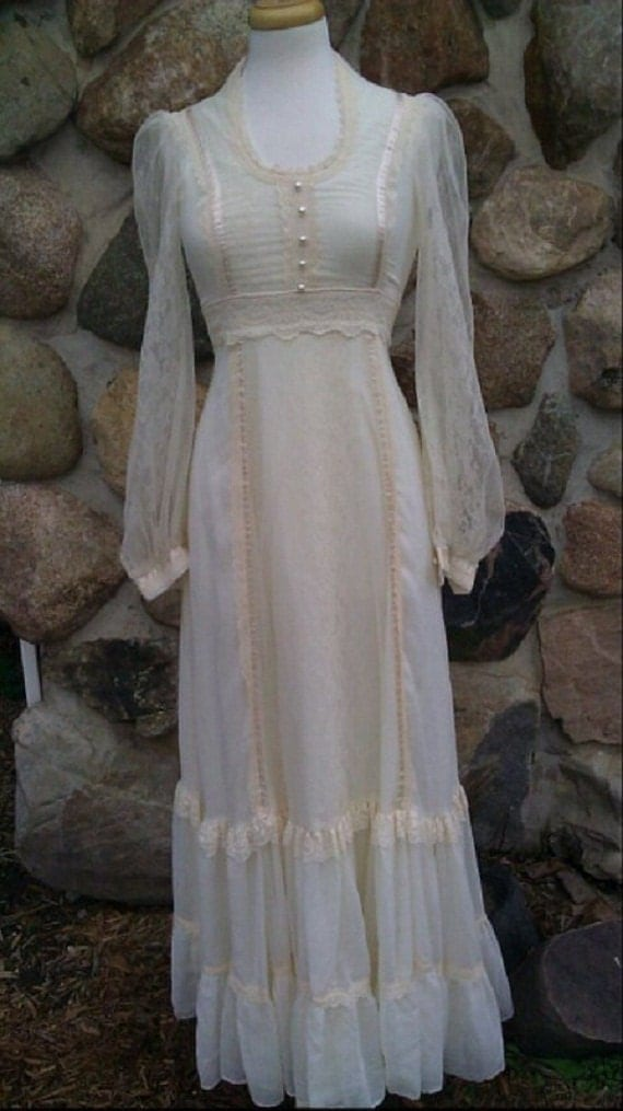 Reserved for Alysha  Vintage 60s long off white lace Gunne Sax