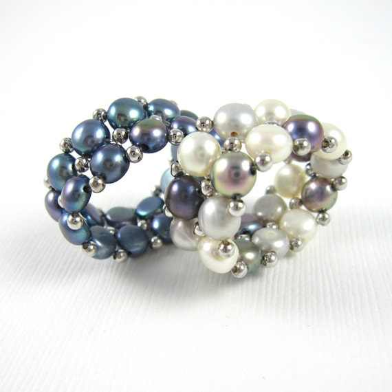 One Adjustable Cream Freshwater Pearl Ring