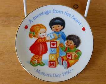 Vintage 1990 AVON Plate A Message From The Heart