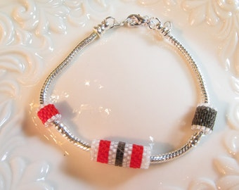 Bracelet large hole Peyote stitched beads red white grey