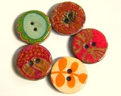 Five charming assorted colors wood buttons some with touches of gold 1004