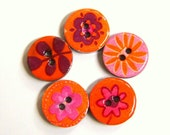 Five spring colors wood buttons in orange, lilac and purple  1007