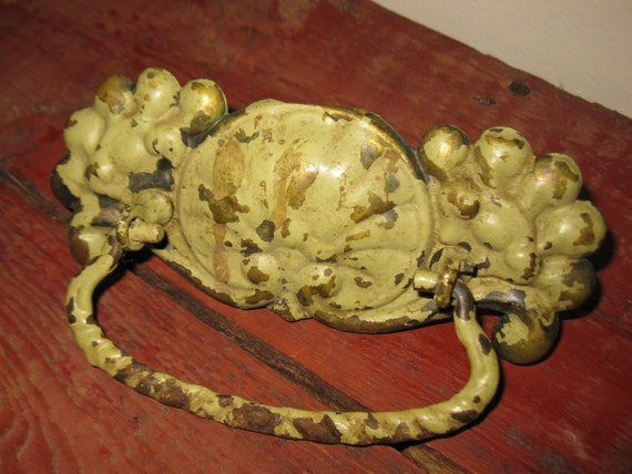 antique architectural salvage / drawer pull