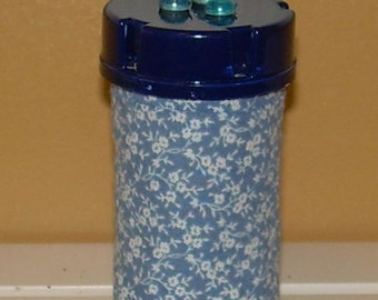 Pretty Blue Tiny Floral QUILTED PILL BOTTLE  for meds, candy,  gift bag etc