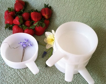 Vintage Stackable Milk Glass ovenware bowls 14oz