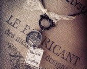 Queen of Everything Toggle charm necklace