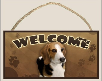 """Beagle 10"""" x 5"""" Wooden Welcome Sign"""