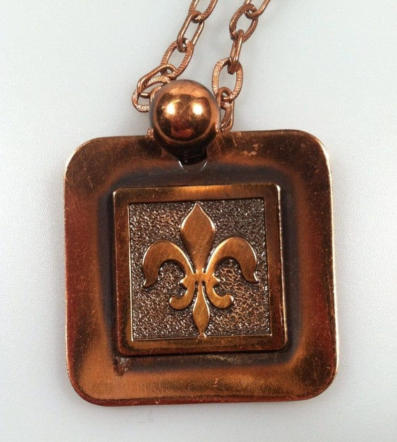 DEADSTOCK 1950's Vintage Copper Pendant Necklace with Fleur de Lis design New Old Stock